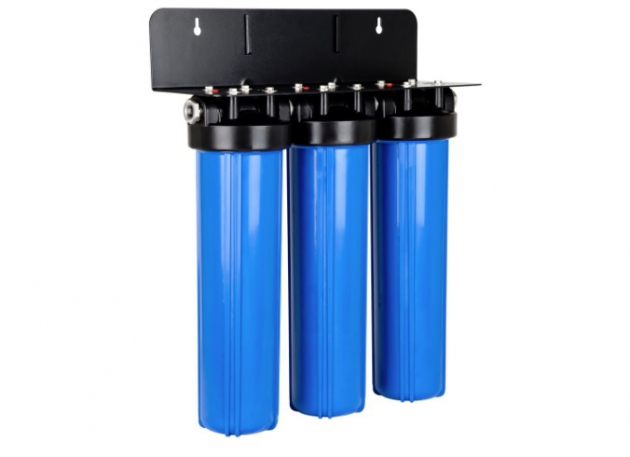 What are the Differences Between Charcoal and Activated Carbon Water Filters?